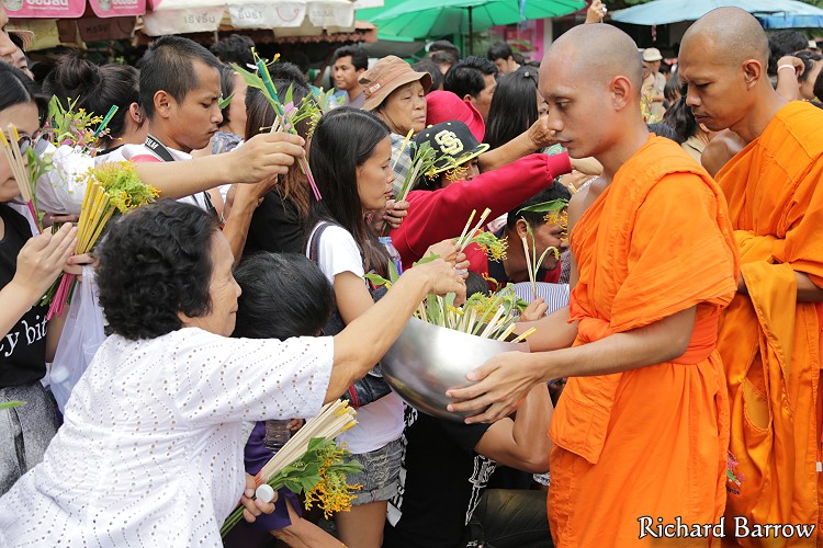 Saraburi Tak Bat Dok Mai and Royal Candle Festival