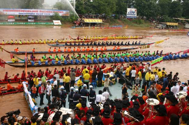 Phichit and Phitsanulok Traditional Long Boat Races